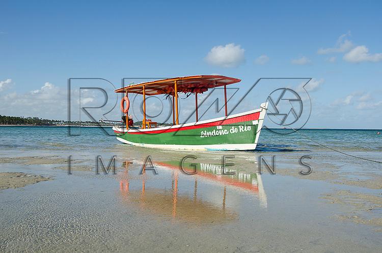 Barco na Praia dos Carneiros, Tamandaré - PE, 12/2012.