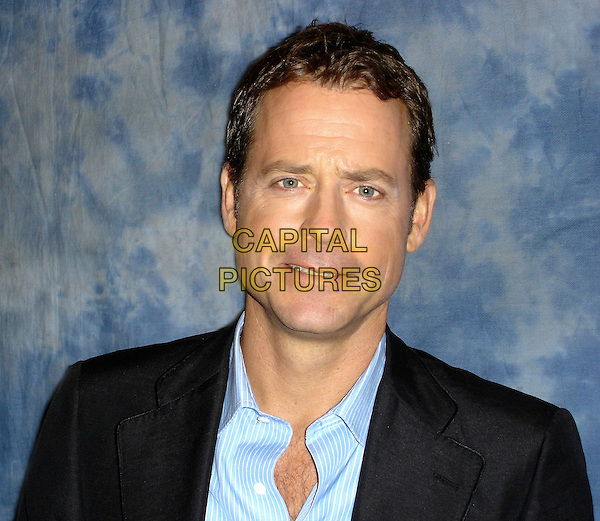 "GREG KINNEAR.""Little Miss Sunshine"" Press Conference,.Four Seasons Hotel, Beverly HIlls, California, USA,.July 14th 2006..portrait headshot eyes to camera                            .Ref: AW.www.capitalpictures.com.sales@capitalpictures.com.©Anita Weber/Capital Pictures."