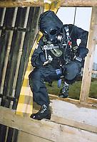 - exercise of  special anti-terrorism unit SAS (Special Air Service)<br /> <br /> - esercitazione del reparto speciale antiterrorismo SAS (Special Air Service)