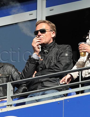 09 04 2011  Bundesliga  Hamburg SV Borussia Dortmund 1 1 manager Hans Joachim Watzke Borussia Dortmund in the Grandstand