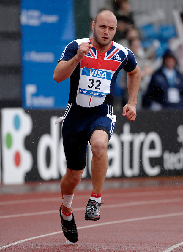 Photo: Richard Lane..VISA Paralympic World Cup 2007. Athletics. 13/05/2007. .Lloyd Upsdell of Great Britain in the men's T35 200m.