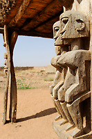 MALI, Dogonland Bandiagara , Dogon wood carvings
