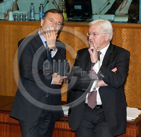 Brussels-Belgium - June 19, 2009 -- European Council, EU-summit under Czech Presidency; here, Franco FRATTINI (le), Minister for Foreign Affairs of Italy, with Frank-Walter STEINMEIER (ri), Minister for Foreign Affairs of Germany -- Photo: Horst Wagner / eup-images