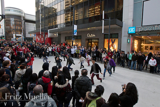 Canada's North flashmobs on Granville Street