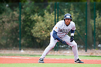 03 october 2009: Nicolas Dubaut of Rouen takes a lead during game 1 of the 2009 French Elite Finals won 6-5 by Rouen over Savigny in the 11th inning, at Stade Pierre Rolland stadium in Rouen, France.