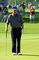 Masters Golf Tournament 2005, Augusta National Georgia, USA. Jack Nicklaus on the green on the 17th hole, Nandina.<br /> <br /> Champion 2005 - Tiger Woods <br /> <br /> Note: There is no property release or model release available for this image.