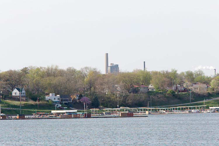 Longtime industrial city Decatur, Ill., had the country&rsquo;s greatest unemployment rate reduction. But people leaving the workforce &ndash; moving away, retiring, no longer looking for jobs -- may be the cause, rather than economic expansion. City officials have tried to promote recreational opportunities around Lake Decatur.<br /> CREDIT: Kristen Schmid for the Wall Street Journal<br /> RUSTBELT