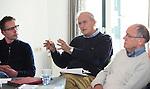 UTRECHT - Lout Meertens met links Erik-Jan Beenackers (Princenbosch) en rechts Lambert Veenstra. Forumdiscussie Speelkwaliteit in de golfsport. FOTO KOEN SUYK