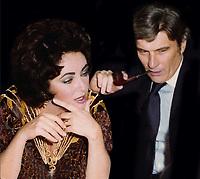 Elizabeth Taylor and John Warner Undated<br /> CAP/MPI/PHL/JB<br /> &copy;JB/PHL/MPI/Capital Pictures