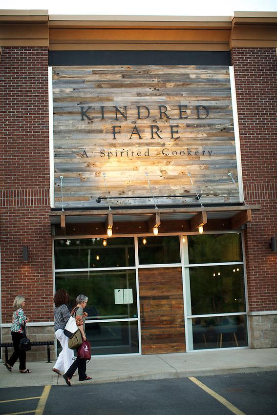 Geneva, NY - June 22, 2016: Dinner at Kindred Fare, a modern American restaurant hidden in a strip mall.<br /> <br /> CREDIT: Clay Williams.<br /> <br /> &copy; Clay Williams / claywilliamsphoto.com