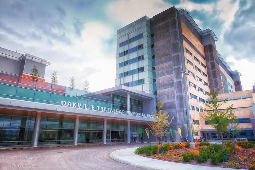 Oakville Trafalgar Memorial Hospital outside entrance.