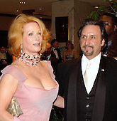"Actor Ron Silver and his wife, Catherine ""Kate"" de Castelbajack, arrive at the 2003 White House Correspondents Dinner at the Washington Hilton Hotel in Washington, DC, April 26, 2003..Credit: Ron Sachs / CNP"