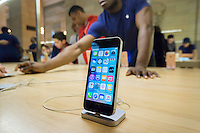 A new iPhone SE on display in the Apple store in Grand Central Terminal in New York on Friday, April 1, 2016. The newly released smaller iPhone SE has a lower price and a 4 inch screen but has almost all the features of the iPhone 6s. (© Richard B. Levine)