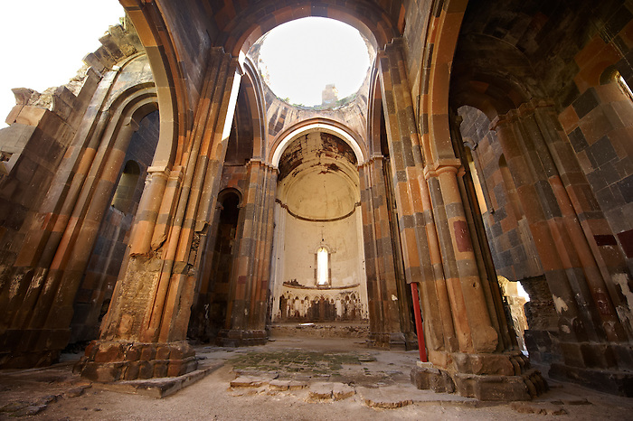 pictures of the armenian cathedral of ani archaeological site