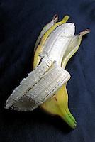 Alimentos. Frutas. Banana. Foto de Manuel Lourenço.