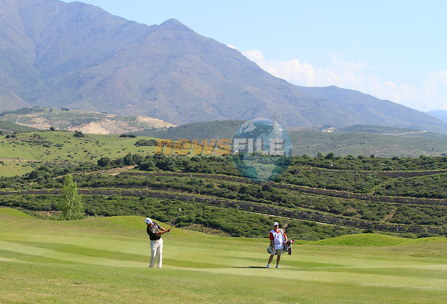 Lee Westwood (ENG) plays his 2nd shot on the 9th hole during the morning session on Day 3 of the Volvo World Match Play Championship in Finca Cortesin, Casares, Spain, 21st May 2011. (Photo Eoin Clarke/Golffile 2011)