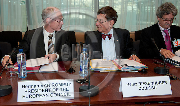Brussels-Belgium - October 25, 2010 -- A delegation of the Committee on Economics and Technology of the German Bundestag (Parliament) with its Chairman Dr. Heinz RIESENHUBER (ri) meets with Herman Van ROMPUY (le), President of the European Council -- Photo: Horst Wagner / eup-images