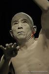 Toki - Un instant dans les temps entrelac&eacute;s<br /> Distribution<br /> Mise en sc&egrave;ne, chor&eacute;graphie et conception : Ushio AMAGATSU<br /> R&eacute;alisation des Musiques : Takashi KAKO<br /> YAS-KAZ<br /> Yoichiro YOSHIKAWA<br /> Danseurs: Ushio AMAGATSU<br /> SEMIMARU<br /> Toru IWASHITA<br /> Sho TAKEUCHI<br /> Akihito ICHIHARA<br /> Taiyo TOCHIAKI<br /> Ichiro HASEGAWA<br /> Dai MATSUOKA<br /> R&eacute;gie g&eacute;n&eacute;rale: Kiyonaga MATSUSHITA<br /> R&eacute;gie lumi&egrave;re: Genta IWAMURA ou<br /> Yukiko YOSHIMOTO ou<br /> Satoru SUZUKI<br /> R&eacute;gie d&eacute;cor: Satoshi ONO ou<br /> Kionaga MATSUSHITA<br /> R&eacute;gie son: Akira AIKAWA ou<br /> Junko MIYAZAKI<br /> R&eacute;alisation des costumes: Masayo IIZUKA<br /> Assistante costumes: Eiko KAWASHIMA<br /> Lieu : Th&eacute;&acirc;tre de la Ville<br /> Ville : Paris<br /> Date : 15/12/2005