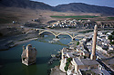Turkey 1998.View on Hasankeyf and the Tigris river.Turquie 1998.Vue sur Hasankeyf et le Tigre