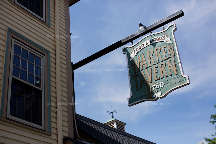 On the intersection of Pleasant Street and Main Street in Charlestown, the Warren Tavern is Massachusetts' oldest tavern and was frequented by Paul Revere and George Washington, among other historical figures.