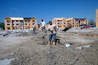 1989 April 14..Assisted Housing..Mission College. Construction Progress Photos..CAPTION...NEG#.NRHA#..