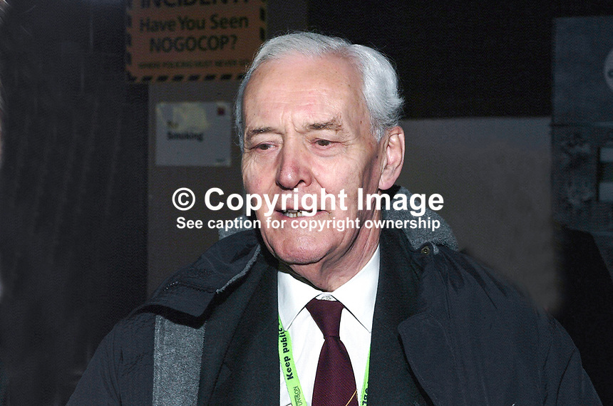 Tony Benn, aka Anthony Wedgwood Benn, former MP, one-time minister. Taken at Labour Party Conference, Brighton, UK. Ref: 200110023851.<br /> <br /> Copyright Image from Victor Patterson,<br /> 54 Dorchester Park, <br /> Belfast, UK, BT9 6RJ<br /> <br /> t1: +44 28 9066 1296 (from Rep of Ireland 048 90661296)<br /> t2: +44 28 9002 2446 (from Rep of Ireland 048 9002 2446)<br /> <br /> m: +44 7802 353836<br /> <br /> e: victorpatterson@me.com<br /> www.victorpatterson.com<br /> <br /> Please see my Terms and Conditions of Use at www.victorpatterson.com. It is IMPORTANT that you familiarise yourself with them.<br /> <br /> Images used on the Internet must be visibly watermarked i.e. &copy; Victor Patterson<br /> within the body of the image and copyright metadata must not be deleted. Images <br /> used on the Internet have a size restriction of 4kbs and will be chargeable at current<br />  NUJ rates unless agreed otherwise.<br /> <br /> This image is only available for the use of the download recipient i.e. television station, newspaper, magazine, book publisher, etc, and must not be passed on to any third <br /> party. It is also downloaded on condition that each and every usage is notified within 7 days to victorpatterson@me.com<br /> <br /> The right of Victor Patterson to be identified as the author is asserted in accordance with The Copyright Designs And Patents Act (1988). All moral rights are asserted