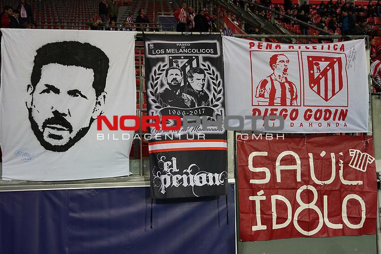 06.11.2019, BayArena, Leverkusen, Championsleague, Vorrunde, 4. Spieltag, GER, UEFA  CL, Bayer 04 Leverkusen (GER) vs. Atletiko Madrid (ESP),<br />  <br /> UEFA regulations prohibit any use of photographs as image sequences and/or quasi-video<br /> <br /> im Bild / picture shows: <br /> Banner der spanischen Kurve <br /> <br /> Foto © nordphoto / Meuter<br /> <br /> <br /> <br /> Foto © nordphoto / Meuter