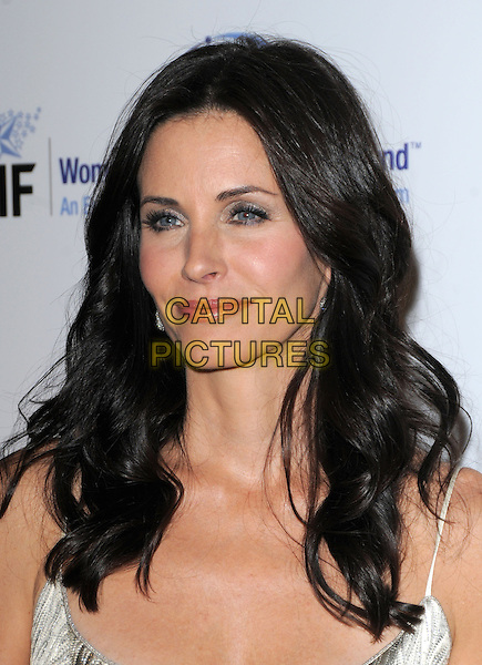 """COURTENEY COX ARQUETTE .The Saks Fifth Avenue's """"Unforgettable Evening"""" benefiting EIF's Women's Cancer Research Fund held at The Beverly Wilshire Hotel in Beverly Hills, California, USA..February 10th, 2009                                                                     headshot portrait .CAP/DVS.©Debbie VanStory/Capital Pictures."""