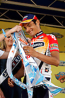 Fred Rodriguez, of Davitamon-Lotto, celebrates after taking the jersey for Sprint Leader in the Ford Tour de Georgia. Floyd Landis of Phonak Hearing Systems took first in the six-stage Tour de Georgia.<br />