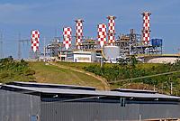 Usina termoelétrica em Macaé. Rio de Janeiro. 2006.  Foto de Ricardo Azoury.