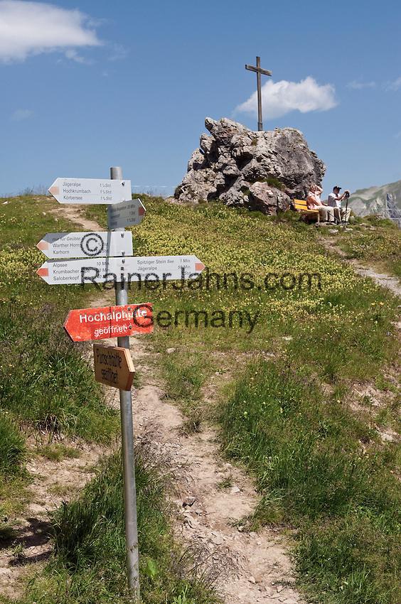 Austria, Vorarlberg, Warth: resting at Spitziger Stein, hiking-region Steffisalpe