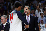 United State´s Davis receives the golden medal from Spain´s king Felipe VI during FIBA Basketball World Cup Spain 2014 final award ceremony after winning against Serbia at `Palacio de los deportes´ stadium in Madrid, Spain. September 14, 2014. (ALTERPHOTOSVictor Blanco)