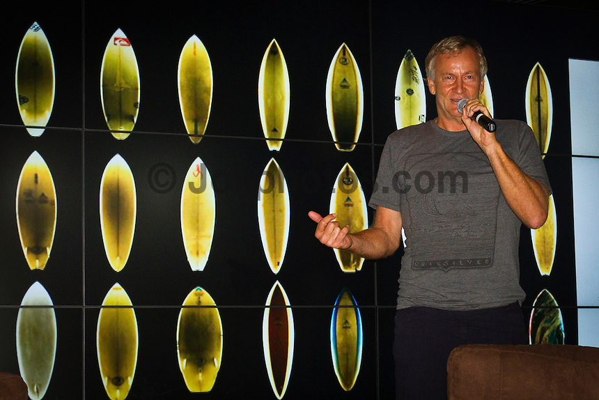 North Shore/Oahu/Hawaii (Wednesday, December 14, 2011) – Simon Anderson (AUS) talked about the invention of the the three fin 'thruster' at the Surfer Bar, Turtle Bay Resort  last night. The design was introduced in 1981, 30 years ago, and Anderson went on to win three major events, the Coke Classic, the Rip Curl Pro at Bells Beach and the Pipeline Masters in the same year. Anderson is one of the most influential shapers over the past three decades.. Photo: joliphotos.com