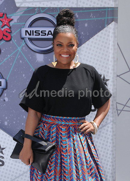 26 June 2016 - Los Angeles. Yvette Nicole Brown. Arrivals for the 2016 BET Awards held at the Microsoft Theater. Photo Credit: Birdie Thompson/AdMedia