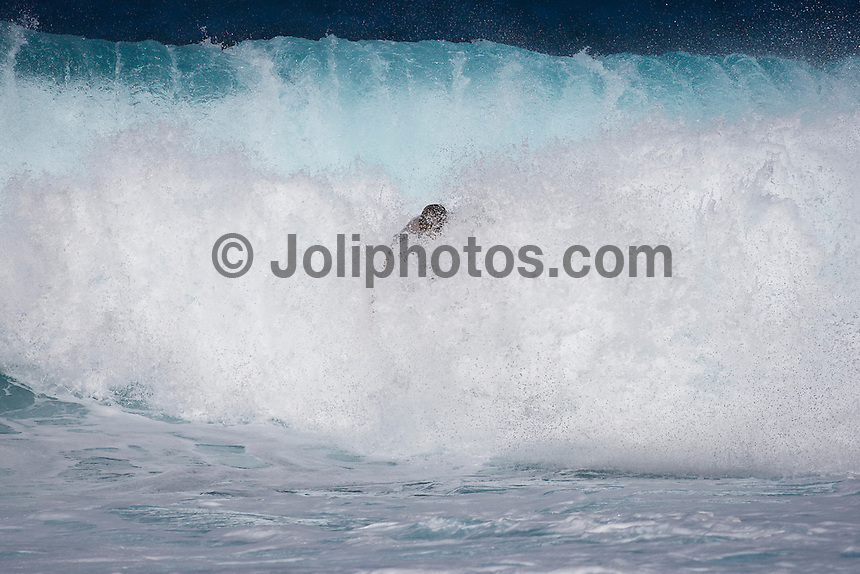 LAURIE TOWNER (AUS) surfing at Off The Wall-Backdoor, North Shore of Oahu, Hawaii. Photo: joliphotos.com
