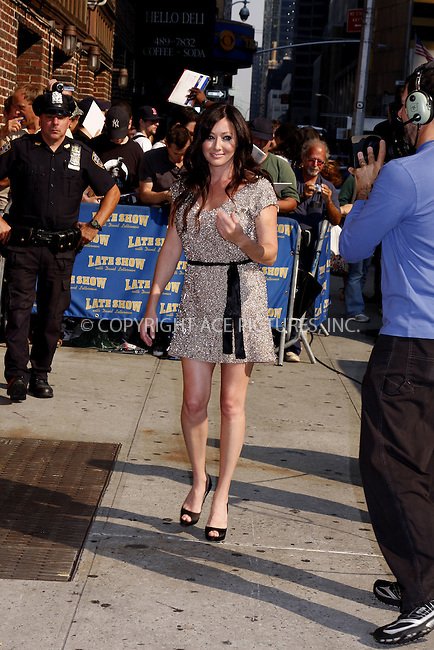 WWW.ACEPIXS.COM . . . . .  ....September 4, 2008. New York City.....Actress Shannon Doherty arrives at 'The Late Show with David Letterman' at the Ed Sullivan Theater on September 4, 2008 in New York City.........Please byline: AJ Sokalner - ACEPIXS.COM.... *** ***..Ace Pictures, Inc:  ..Philip Vaughan (646) 769 0430..e-mail: info@acepixs.com..web: http://www.acepixs.com