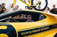 Picture by Russell Ellis/russellis.co.uk/SWpix.com - image archived on 25/04/2019 Cycling Tour de France 2018 - Team Sky at the Tour de France - STAGE 21: HOUILLES - PARIS Champs-Elysées 29/07/2018<br /> - Team Sky yellow Ford GT Geraint Thomas