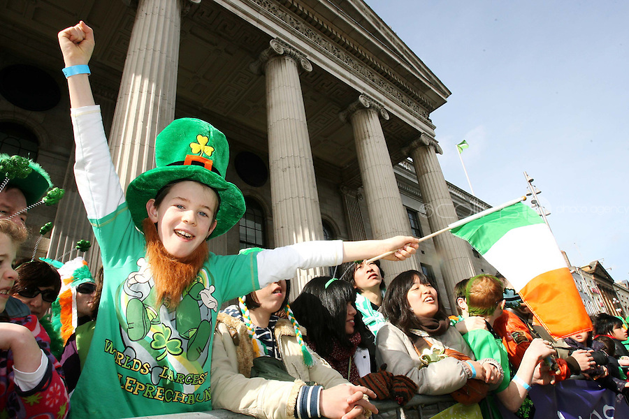 17/3/2011. ST PATRICKS DAY DUBLIN. Revellers are pictured at the GPO enjoying the Dublin St Patricks Day Parade. Picture James Horan/Collins Photos