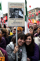 Roma 13 Marzo 2010.Manifestazione del Centrosinistra a Piazza del Popolo  per protestare  contro il decreto salva-liste per le elezioni regionali  approvato dal Governo Berlusconi. Un cartello contro Daniele Capezzone portavoce del Governo Berlusconi.Roma March 13, 2010.The parties of the center left against the decree-saving lists for regional elections approved by the Berlusconi government. Cartel  against Daniele Capezzone, spokesman for Berlusconi government