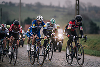 impressive 2nd group trying to bridge the gap to teh front up the Stationsberg cobbles: Greg Van Avermaet (BEL/BMC), Philippe Gilbert (BEL/Quick Step floors), Tiesj Benoot (BEL/Lotto-Soudal), World Champion Peter Sagan (SVK/Bora-Hansgrohe), Zdenek Stybar (CZE/Quick-Step Floors), ...<br /> <br /> 61th E3 Harelbeke (1.UWT)<br /> Harelbeke - Harelbeke (206km)