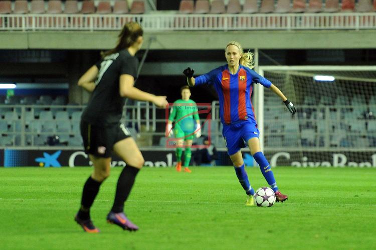 UEFA Women's Champions League 2016/2017.<br /> Round of 16 - First Leg<br /> FC Barcelona vs Twente: 1-0.<br /> Line Roddik.