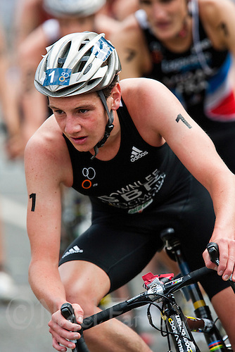 15 AUG 2009 - LONDON, GBR - Alistair Brownlee - ITU World Championship Series Mens Triathlon (PHOTO (C) NIGEL FARROW)
