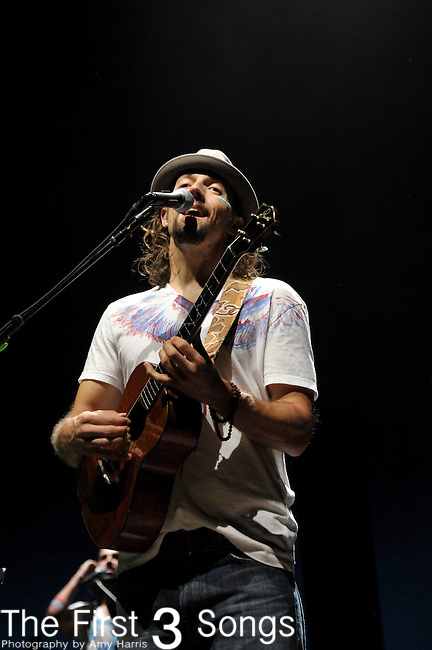 Jason Mraz performs at the Riverbend Musc Center in Cincinnatti, Ohio