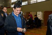 CURITIBA, PR, 02.10.2016 – ELEIÇÕES-CURITIBA – O juiz Federal Sergio Moro, durante votação na sociedade Beneficente Duque de Caxias no bairro Bacacheri, em Curitiba na manhã deste domingo (02). (Foto: Paulo Lisboa/Brazil Photo Press)