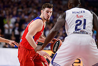 Real Madrid's Othello Hunter and CSKA Moscow Nando de Colo during Turkish Airlines Euroleague match between Real Madrid and CSKA Moscow at Wizink Center in Madrid, Spain. January 06, 2017. (ALTERPHOTOS/BorjaB.Hojas)