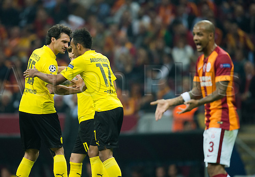 22.10.2014. Istanbul, Turkey. UEFA Champions League foobtall. Galatasaray versus Borussia Dortmund.  Mats Hummels, Marco Reus and Pierre-Emerick Aubameyang (L-R) of Dortmund celebrate their goal for 2:0