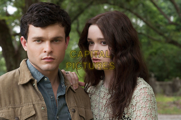 Alden Ehrenreich, Alice Englert<br /> in Beautiful Creatures (2013) <br /> *Filmstill - Editorial Use Only*<br /> CAP/NFS<br /> Image supplied by Capital Pictures