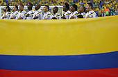 Los jugadores de Colombia y la bandera nacional al comienzo del  partido de cuartos de final entre Colombia y Brasil en el Estadio Aderaldo Pl&aacute;cido Castelo el 3 de julio de 2014.<br /> <br /> Foto: Roberto Candia/Archivolatino<br /> <br /> COPYRIGHT: Archivolatino<br /> Solo para uso editorial. No esta permitida su venta o uso comercial.