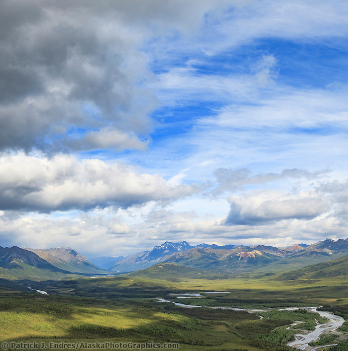 North fork, Koyukuk River, Gates of the Arctic National Park, Brooks Range, Alaska.