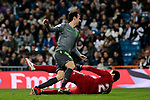 Real Madrid's Thibaut Courtois and Real Sociedad's Ruen Pardo during La Liga match between Real Madrid and Real Sociedad at Santiago Bernabeu Stadium in Madrid, Spain. January 06, 2019. (ALTERPHOTOS/A. Perez Meca)<br />  (ALTERPHOTOS/A. Perez Meca)